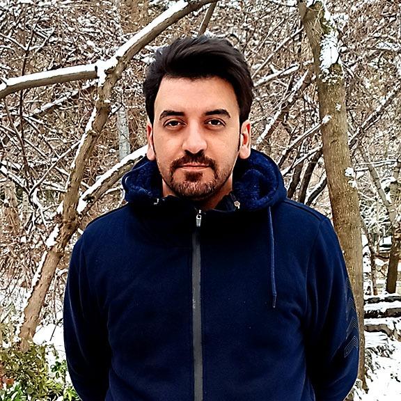 رضا مرواریدی